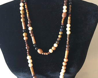Wood and Beads Necklace