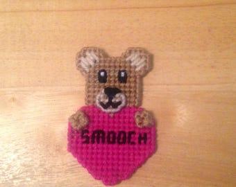 Easter Gift, Bear Valentines Magnet, Critter Magnet,  Gift, Gift for Kids, Kids Magnets, Smooch Magnet, Bear Magnet, Easter Gift