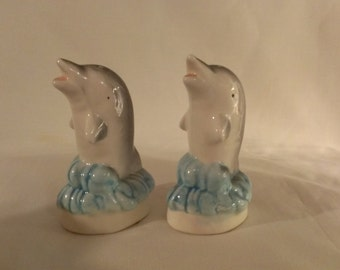 Dolphin Salt and Pepper Shakers (771)