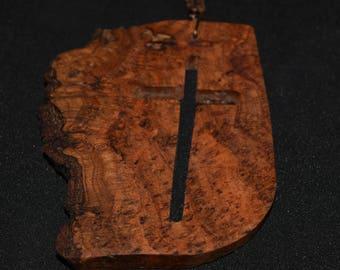 Loupe de croix collier très belle pièce de bois