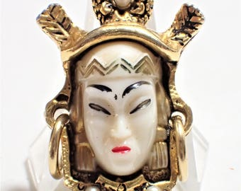 Selro Asian Princess Figural Face Brooch With Faux Pearls