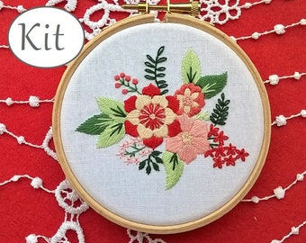 Modern embroidery kit, DIY kit, Hand embroidery pattern - flowers needlepoint design - Embroidery hoop art, needlecraft kit, floral decor