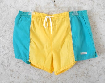 Rare ~ Original ~ 1950'S ~ White Shorts ~ Swim and Play ~ McGregor ~ USA ~ Self Belt ~ Vintage ~ Don't Miss Out on These!!! WxWM9eCHZ