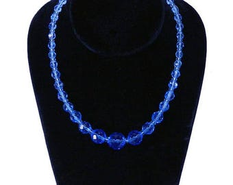Vintage 1950's Beaded Necklace with Graduated Blue Glass Beads