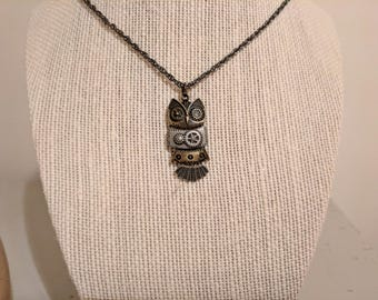 Movable Owl Pendant Necklace