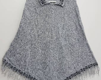 Peruvian 100% Alpaca Wool Poncho Cape Top Very Soft Light Gray