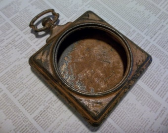 Open Metal Locket - Vintage Style Pocket Watch Pendant - Made to Look Old Rusted & Worn - Qty 1