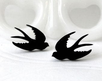 Split Tail Swallow Post Earrings