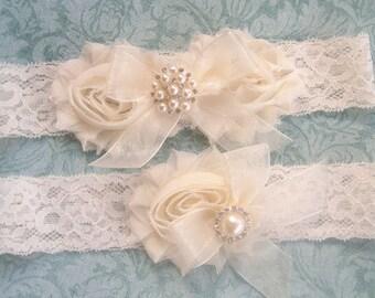 Garters for Wedding, Vintage Bridal Garter- Wedding Garter Set- Toss Garter included  Ivory with Rhinestones and Pearls