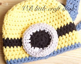 Newborn Minion hat crochet pattern. Instant PDF download!