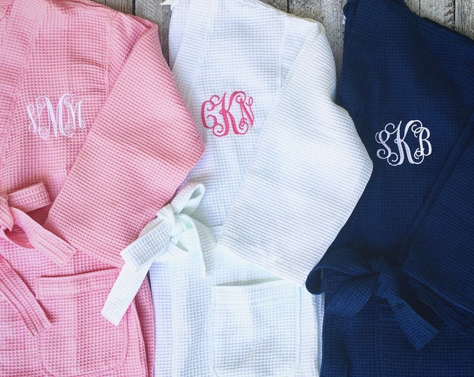 Kids monogrammed Robe, Kids Waffle Hooded Robe, Personalized Robe for kids, Girls monogrammed robe, flower girl robe, bridal party robes