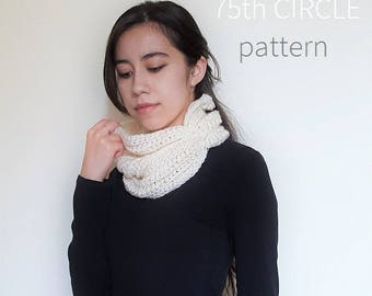 Crochet Pattern // Nellas Cowl Pattern