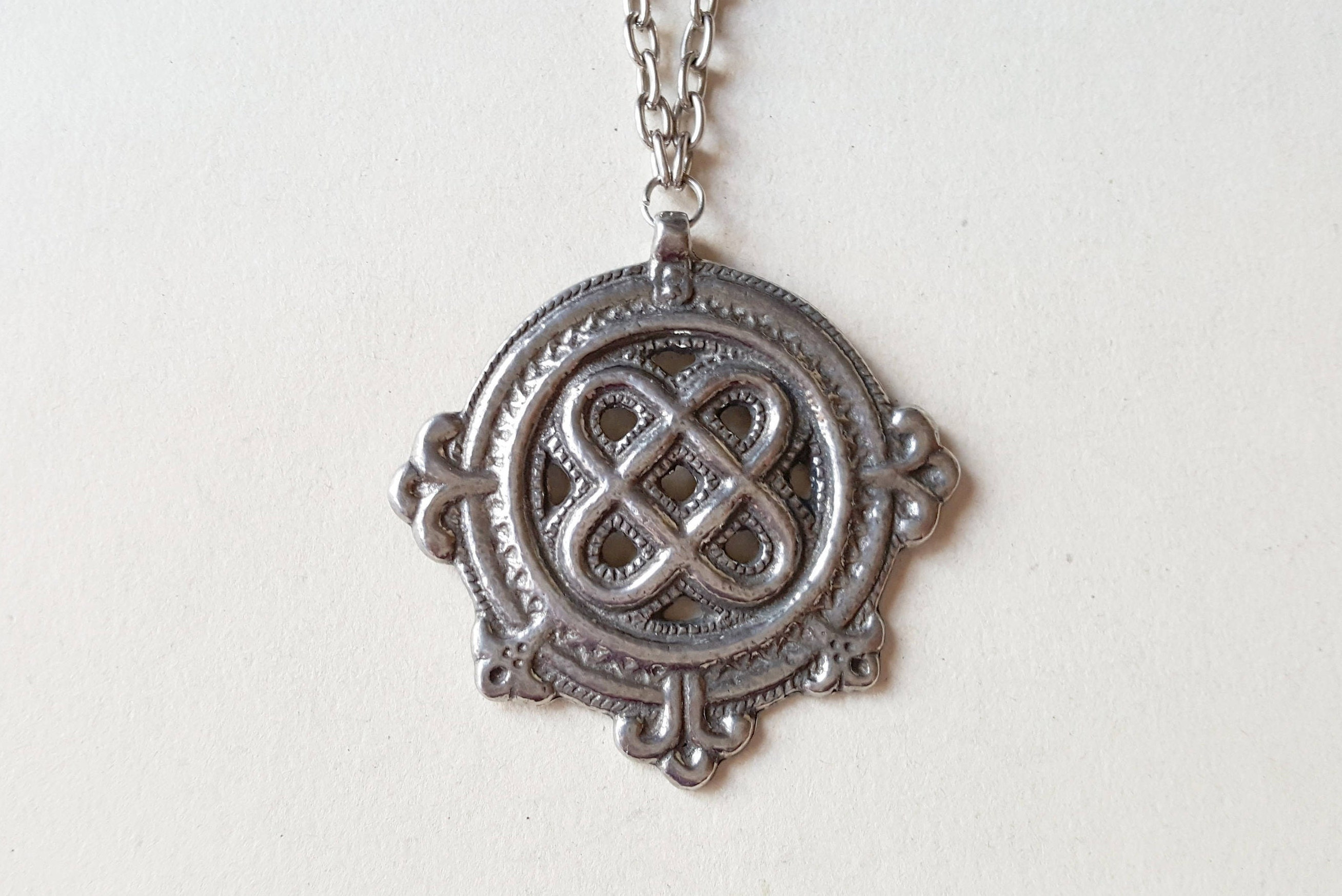 a scents offset product pewter of scotland pendant