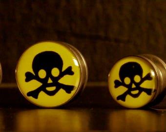 Pair of Toxic Skull Ear Plugs, Screw Ear Tunnel, Ear Stretchers, Ear Stretching, Alternative Jewelry