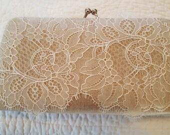 Linen Bridal Clutch - Linen and Lace - Rustic Wedding Clutch - Lace Bridal Purse
