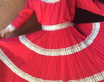 Vintage Jeanettes Original of Albuquerque red cotton Fiesta Squaw Patio Dress (two-piece skirt and shirt), Western dress, Southwestern