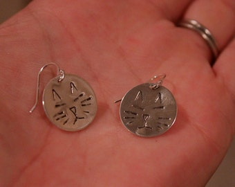 Cat Earrings. silver cat. Kitty cat. hand stamped. pet. cat face. disc. circle. round. charm. simple minimalist.