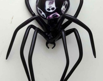 Medium Black Spider with Skulls