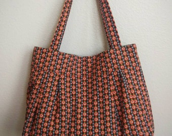 PLEATED TOTE - chain of flowers