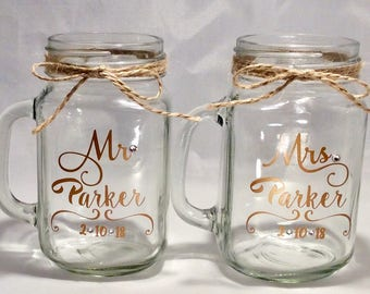 2 Pack Mr and Mrs Personalized Wedding Mason Jars, Rustic Mugs, Bride and Groom, Swarovski Crystals, Rustic Wedding Decor, Custom Mason Jars