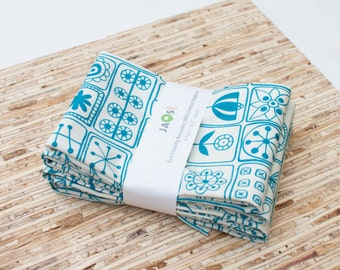 Large Cloth Napkins - Set of 4 - (N1448) - Aqua Scandinavian Modern Reusable Fabric Napkins