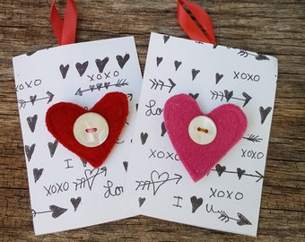 Have a Heart - Reclaimed wool HEART pin