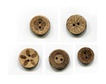 1.7 or 1.5 cm pattern choice coconut buttons