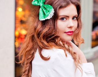Emerald Green Velvet Hair Bow, Velvet Bow Clip, Velvet Hair Accessory, St Patrick's Day Fashion Accessory