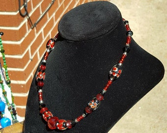 Scarlet red & Black glass beaded necklace