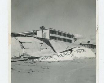 Vintage Snapshot Photo: Storm Damage [83658]