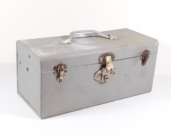 Vintage Aluminum Tackle Box, Lightweight Silver Tray Tackle Box, Storage