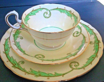 """Superb Aynsley #Rare c. 1930s Vintage Art Deco Green Cream White """"Wreath"""" #B4873 Pattern No. Tea Trio of Cup Saucer and Plate"""