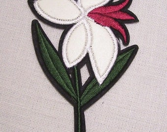 C5292 / C5295 - lily white - patch embroidered patch Thermo - Applique iron-on