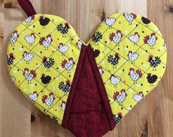 Heart Oven Mitt - Yellow w/ Chickens