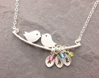 Mom Necklace with Kids Initials, 1-5 kids, birds on perch, personalized mother necklace, birds on branch, leaf necklace, mothers day, N1