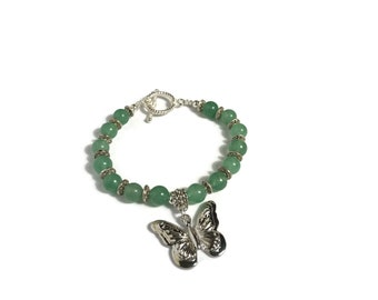 Butterfly Bracelet| green beaded bracelet women| green beaded bracelet women| Mothers day gift| Anniversary Gift| Butterfly pendant