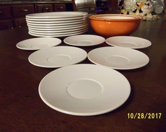 White Melmac Saucers, White Melamine Saucers, Set of 6 Saucers, Picnic Ware, Party Supplies, Camping Plates, Melmac Collection
