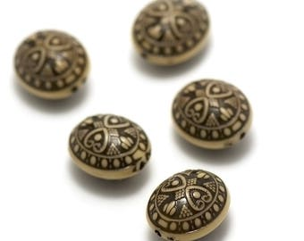 """Acrylic beads-10 """"oval puck"""" 22 x 18 x 14 mm, black tribal pattern on beige background"""