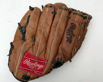 Vintage Rawlings Leather Baseball Glove