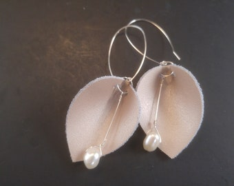 Rose Gold Leather and White Freshwater Pearl Calla Lily Earrings