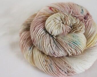 Wrapped Up In Books - Sandpiper - 100%  superwash merino singles yarn