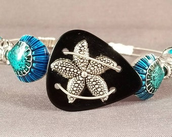 "Guitar String and Guitar String Bracelet ""Starfish & Seashells"""