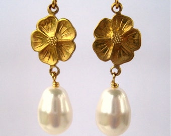 Golden Flower Wedding Clip On Earrings, Pearl Teardrop, Gold Ear Clips, Dogwood Bridal Clipons