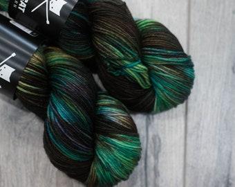 DK weight merino yarn 100% Superwash Merino Sweater weight yarn. Double Knit Weight yarn. Terokkar. Multi-colored brown green and purple