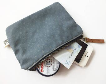 Zipper pouch Stars. Handmade of organic cotton and cork dark blue color. On sale (before 29 euros)