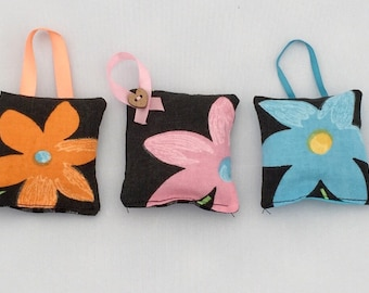 Scented Lavender bag set, 3 Lavender Bags,  size 5cm x 6cm, floral fabric, scented sachets, small gift, wardrobe freshener