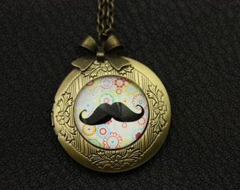 Amusing Mustache hippie locket necklace jewelry  2020m