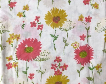 Floral Pink and Mustard Print Full Flat Sheet // 1970's