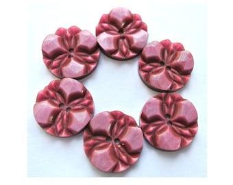 6 Buttons, vintage buttons, flower buttons, plastic buttons 18mm, unique old pink color