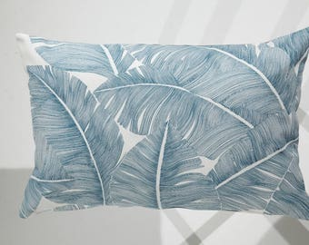 Leaf Motif pillow cover / 30 X 50 cm Cushion cover / pillow blue and white